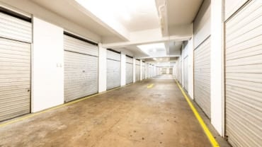 self-storage-tradesmen-underground