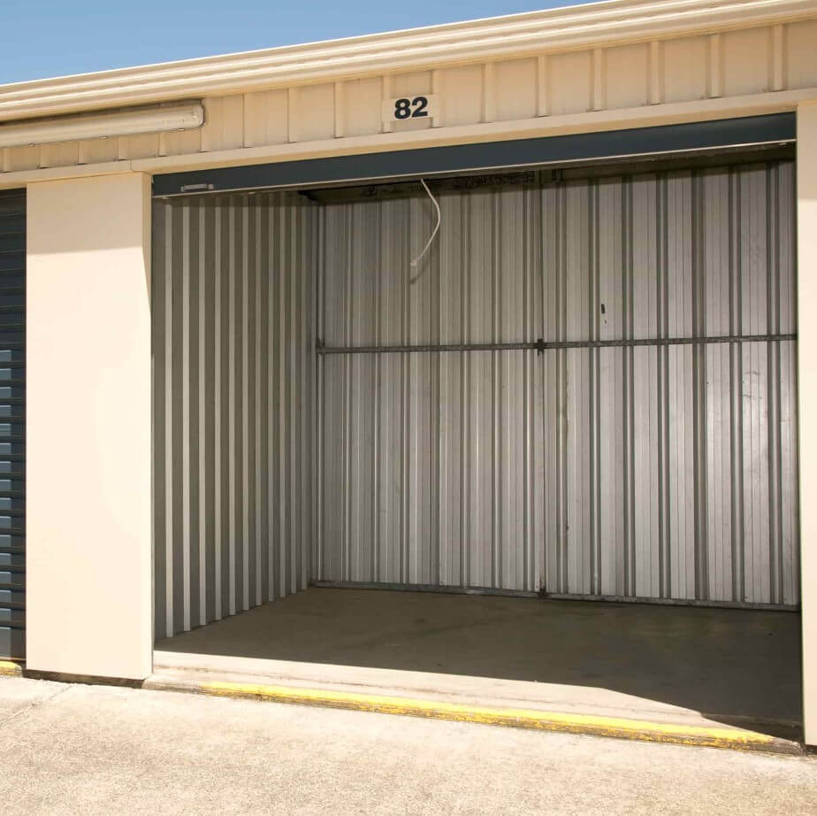 Open self storage shed