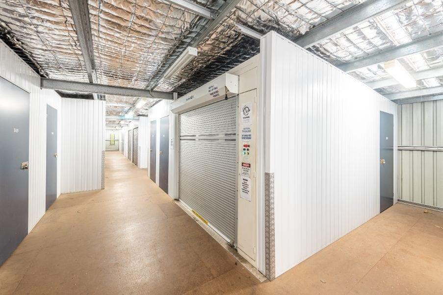 sumner-park-interior-undercover-sheds